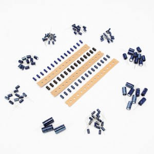 Set Condensatori elettrolitici verticali